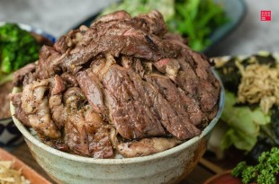 台北中山區美食/野狼炭火燒肉超高CP丼飯!松江南京高人氣美食、1天只賣5碗的驚華少肉飯